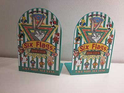 1996 Metal Bookends SIX FLAGS LOONEY TUNES WARNER BROTHER BUGS BUNNY TURQUOISE