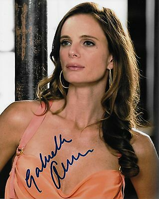 Burn Notice Gabrielle Anwar Autographed 8x10 Photo (Reproduction)  2