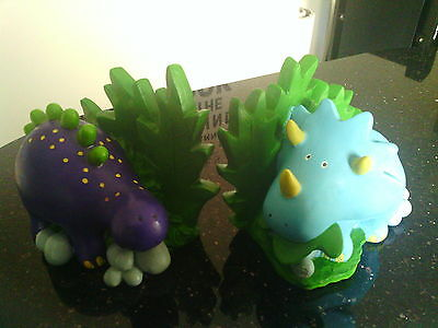 Childrens Dinosaurs book ends( pottery)