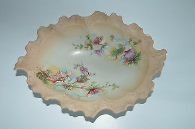 Small blush ivory porcelain trinket dish, continental