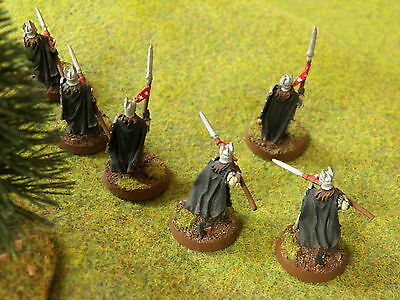 L O T R  Warriors Of Numenor With Spears Metal  T - 14