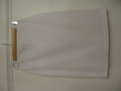 M&S Collection White Pencil Skirt Size 8.