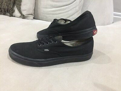 Awesome Black Canvas Vans Shoes Men's US 10 Sneakers Great Condition