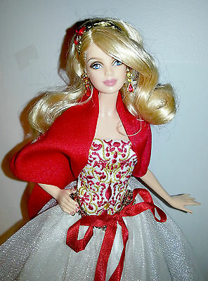 2010 Holiday Barbie Collector Glamorous Doll Red Christmas Rare Beautiful!