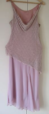 LAURA K PINK BEADED 2 piece outfit Size 16 - Wedding / Formal  /Evening / Party