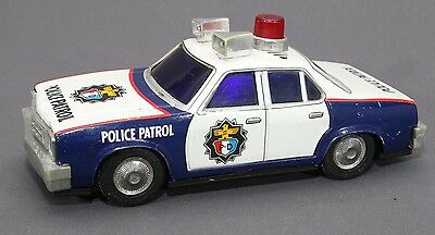 RARE VTG 70's YONEZAWA Japan Friction B/O Talking POLICE PATROL P.D. Car Tin Toy