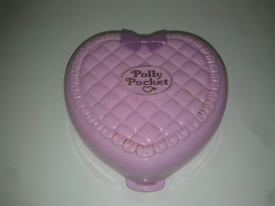 1994 - Polly Pocket Perfect Playroom - Babysitting / Babysitter Collection + 2 P