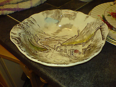 "Grindley - 'quiet Day' - 2 Handled - 9"" Dia - Bowl"