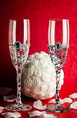 Engraved Hand Painted Wedding Bride and Groom champagne flutes glasses