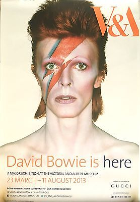 David Bowie Is Here..Original 2013 V&A Exhibition Poster. 2 Bowie Badges Free.