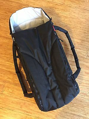 Phil and Teds Baby Cocoon / Carrycot - black