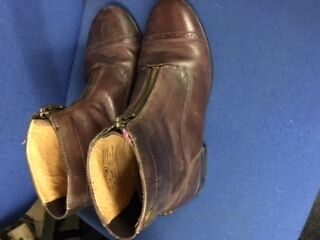 Second Hand Brown Ariat Short Boot With Zip Size 4
