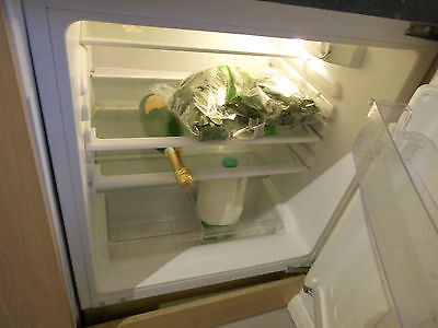 Integrated/Built-In FRIDGE   WHITE GOODS   STUDENT LET    COLLECT NORTHAMPTON