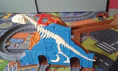 Thomas The Tank Engine Take N Play Roaring Dino