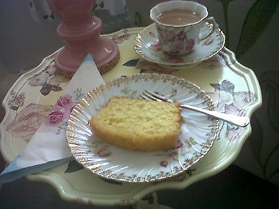 Home made lemon drizzle loaf cake
