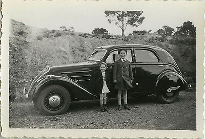 Photo Ancienne - Vintage Snapshot - Voiture Automobile Peugeot Enfant Mode - Car