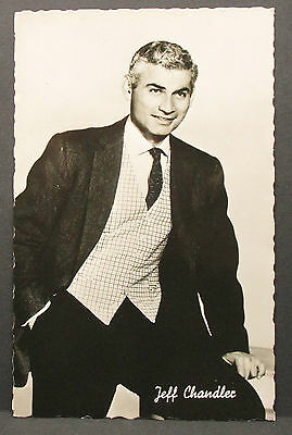 Jeff Chandler - Movie Photo - Film-Foto Autogramm-AK (Lot-j-1023