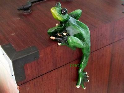 FROG GREEN~TROPIC CRITTER~Golden Pond~RESIN~Realistic Sculpture