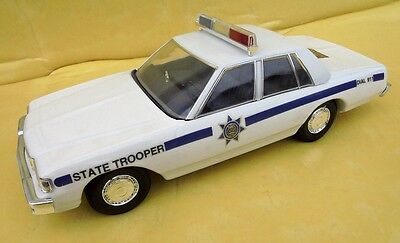 Chevrolet Police State Trooper Jim Beam Decanter Made In Usa In 1992