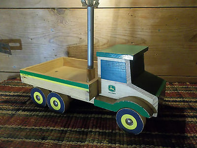 JOHN DEERE LAMP Learning Curve Wooden Truck made in2 Table Lamp Farmer Lamp