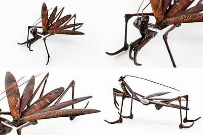Antique Japanese articulated praying mantis jizai okimono riveted copper signed