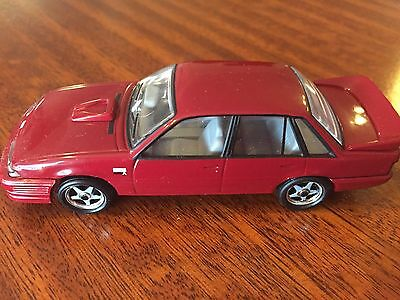 Trax Topgear 1:43 Holden 1986 Group A Vl Commodore Collectable Diecast Model Car