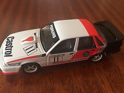 Trax 1:43 Holden 1986 Group A Vl Commodore Larry Perkins Collectable Model Car