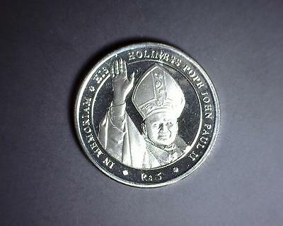 One (1) 2005 Republic of Seychelles 5 Rupees Pope John Paul II