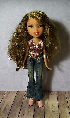Bratz Doll - Long Wavy Brown Hair - Fully Dressed with Shoes, Nice Condition!