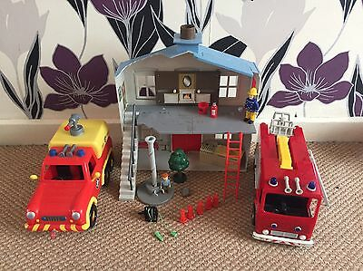 Fireman Sam  Rare Village Rescue Playset with extras.