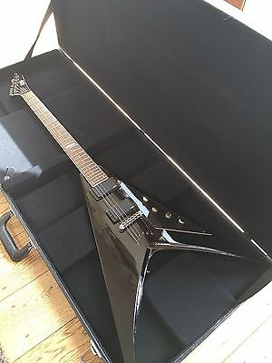 ESP LTD V-500 ELECTRIC GUITAR with HARD CASE (£275 collection)
