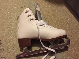 Ladies Graf Ice Skating Boots size 5/38