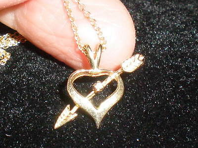 10k Gold Heart and Diamond Pendant on Chain - Ideal Valentine's Gift!