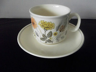 j and g meakin trend hedgerow cups and saucers x6
