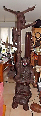 Important Antique 1900 German Swiss Brienz Black Forest family bear coat rack