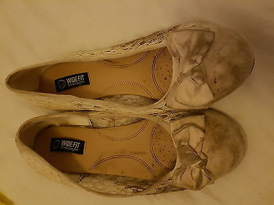 well worn ladies shoes size 7