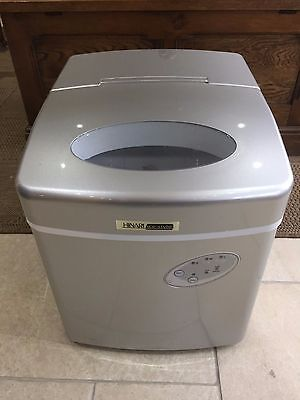 Counter Top Ice Machine Ice Cube Maker - Excellent Condition