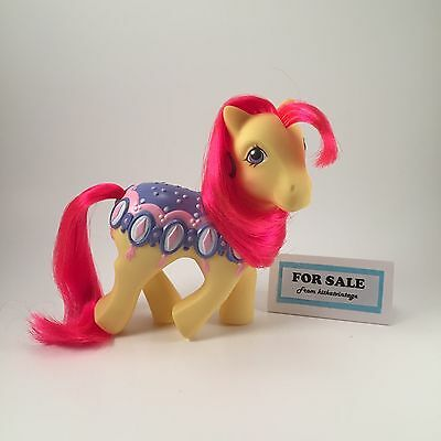 My Little Pony - Diamond Dreams yellow red Merry Go Round - BEAUTIFUL Vintage G1