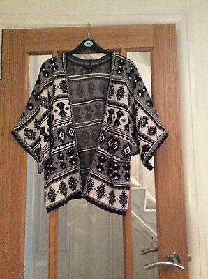 womens size 18/20 (XL) patterned jacket from primark