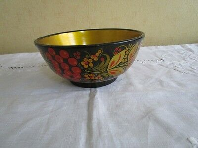 A Russian Khokhloma Handpainted Wooden Bowl