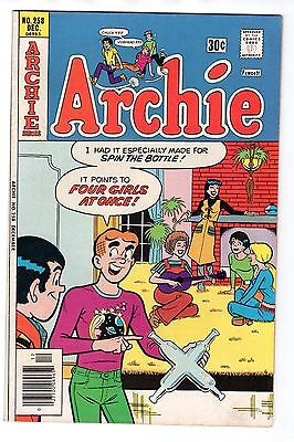 Archie #258 (Dec 1976, Archie) Dan DeCarlo art