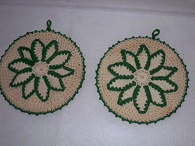 vintage 1950 kitchen textile pair of green and white crochet kitchen pot holders