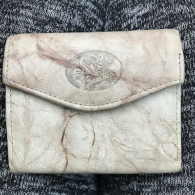 New Buxton Tan Cowhide Leather Women's Trifold Wallet