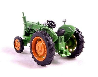 Model Trains N SCALE - Fordson (Green) Tractor - Oxford Diecast (UK)