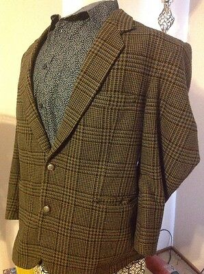 Man's Arch Plaid Sports Coat, Size M, Polyester And Wool
