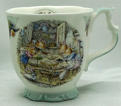 Royal Doulton  Brambly Hedge  Dinning by the Sea / Beaker in Box