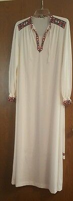 Vintage vanity fair gown size 34 with matching  bed pants size 32