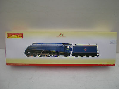 "Hornby R3720 A4 'Golden Eagle' Boxed  DCC Ready ""00"""