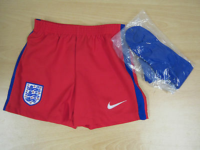 Childrens Juniors Boys Nike England Away Shorts and Socks GD12