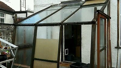 Conservatory greenhouse wood lean to
